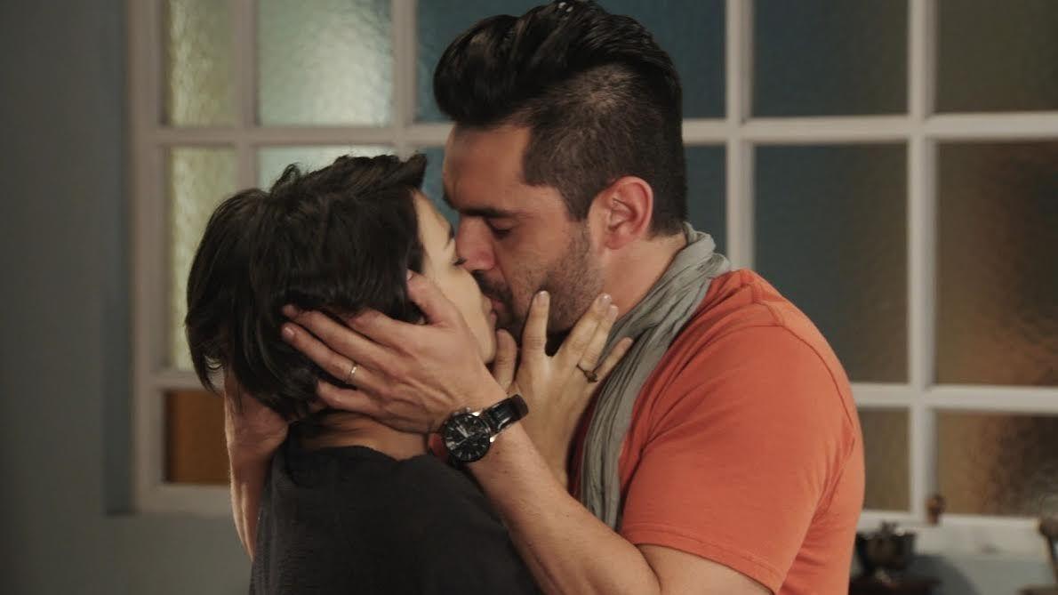 Los ricos no piden permiso: el primer beso entre Agustina Cherri y Gonzalo Heredia