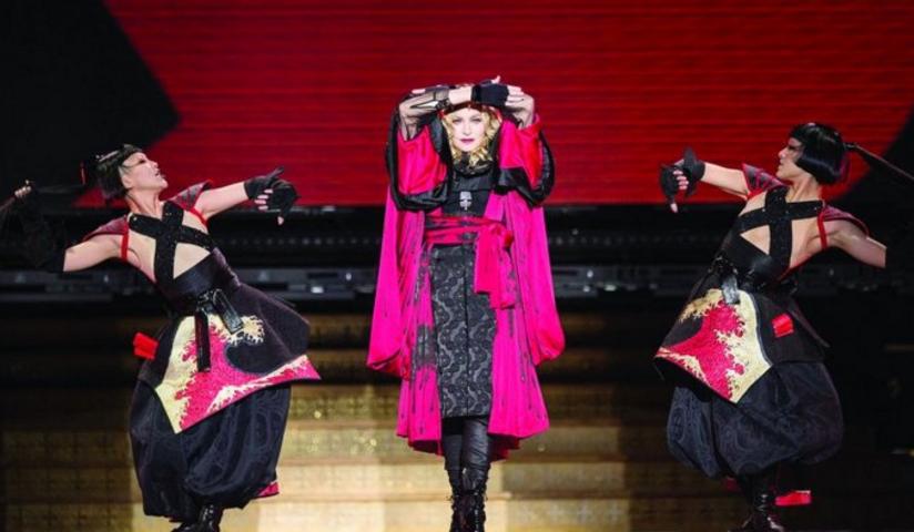 Acusan a Madonna de cantar borracha en un show: el video que la compromete