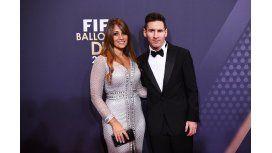 Mirá los looks de Lionel Messi y Antonella Roccuzzo en el Balón de Oro 2016