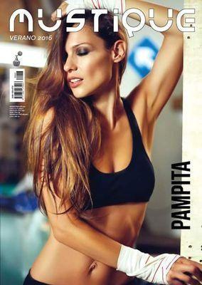 Otra vez impactante: Pampita, en una nueva producción de fotos para el infarto