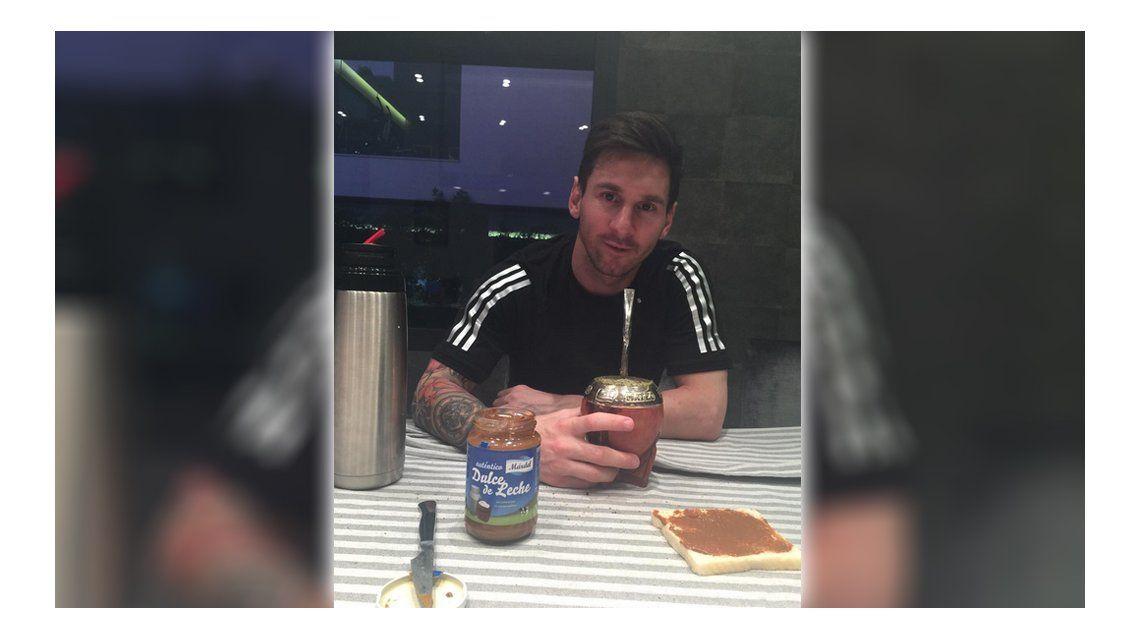 Más argentino que nunca: Leo Messi, a puro mate y dulce de leche en Barcelona