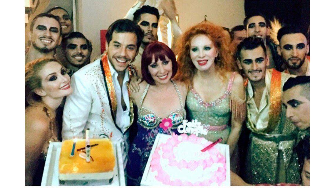 El festejo del cumpleaños de Eleonora Cassano y Fernando Dente, junto a Nacha Guevara