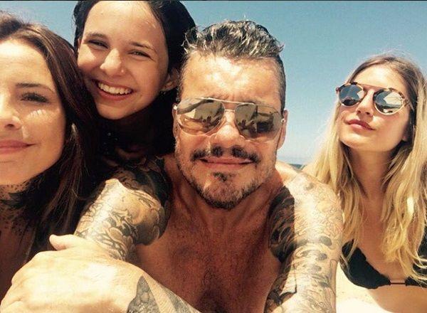 Mis Tinellis: la última selfie del 2015 de Marcelo con sus hijas