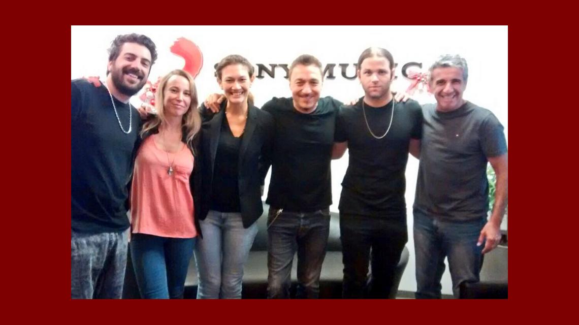Benjamín Amadeo firmó contrato con Sony Music para grabar su primer disco