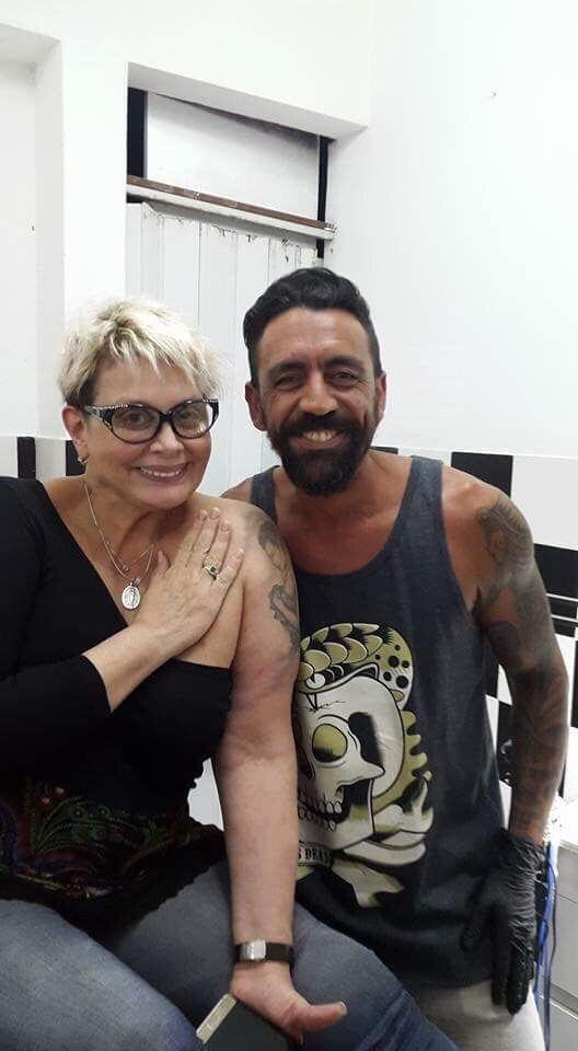 El nuevo tatuaje que se hizo Carmen Barbieri con una frase sobre el amor