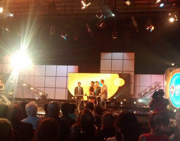 Las estatuillas de Radio 10 y Pop 101.5 en los Premios Eter 2015