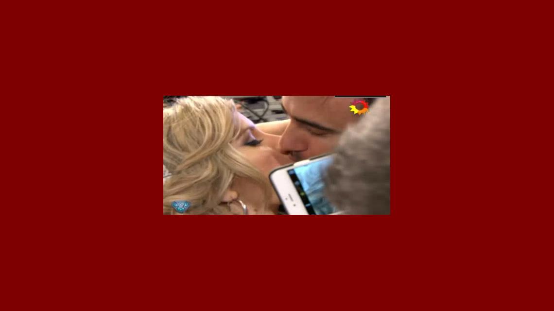 Prueba superada: Federico Hoppe le pudo dar un gran beso a Laurita Fernández ¡con los ojos cerrados!
