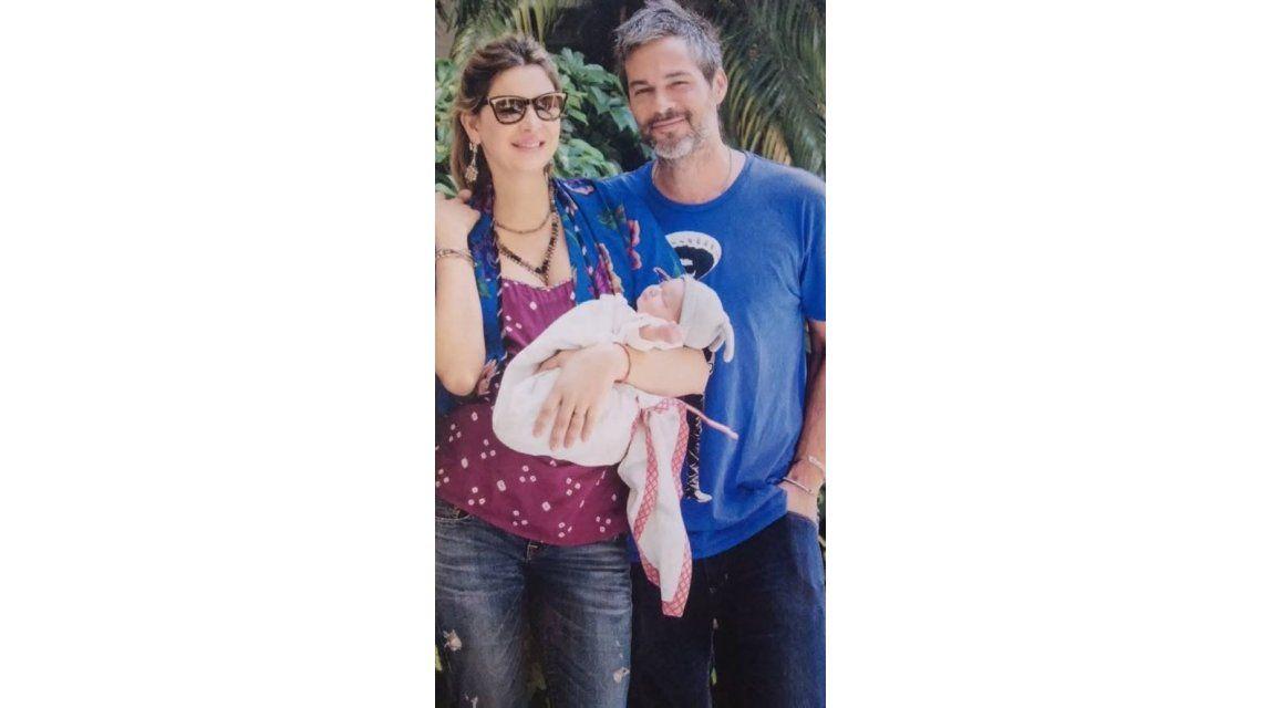 Dolores Barreiro presentó oficialmente a su hija Indra