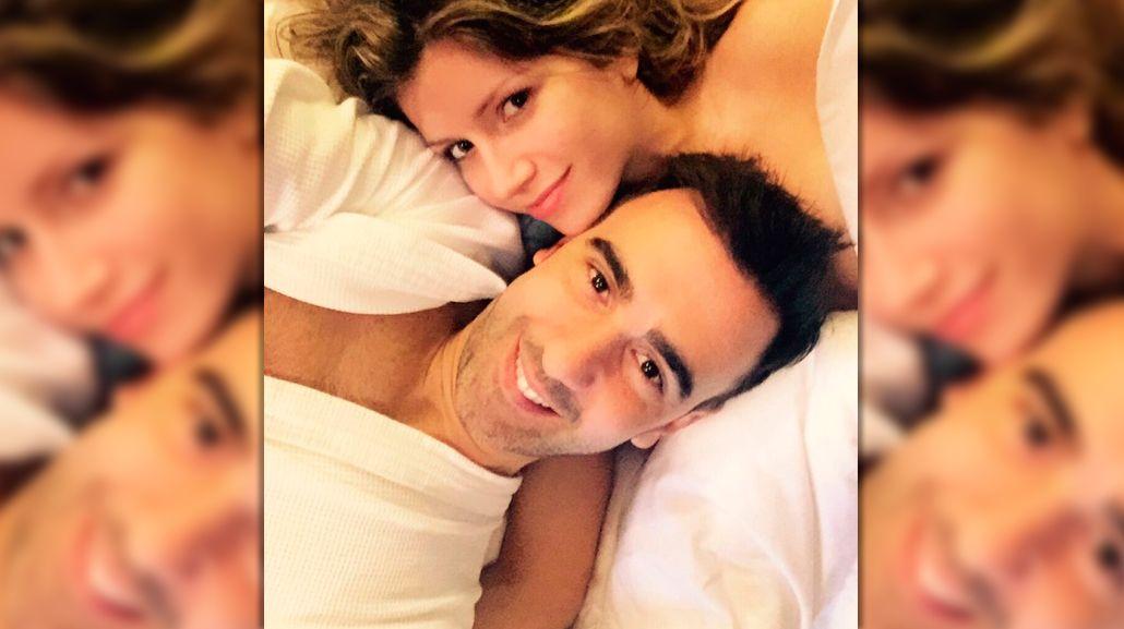 El romántico tuit de Laurita Fernández por el cumpleaños de Federico Hoppe: corazones y foto en la cama