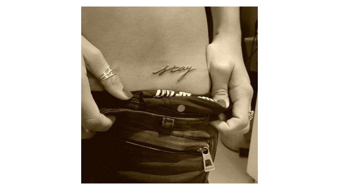 Mirá el tatuaje de la China Suárez con un mensaje sensual y en dónde lo tiene: Stay