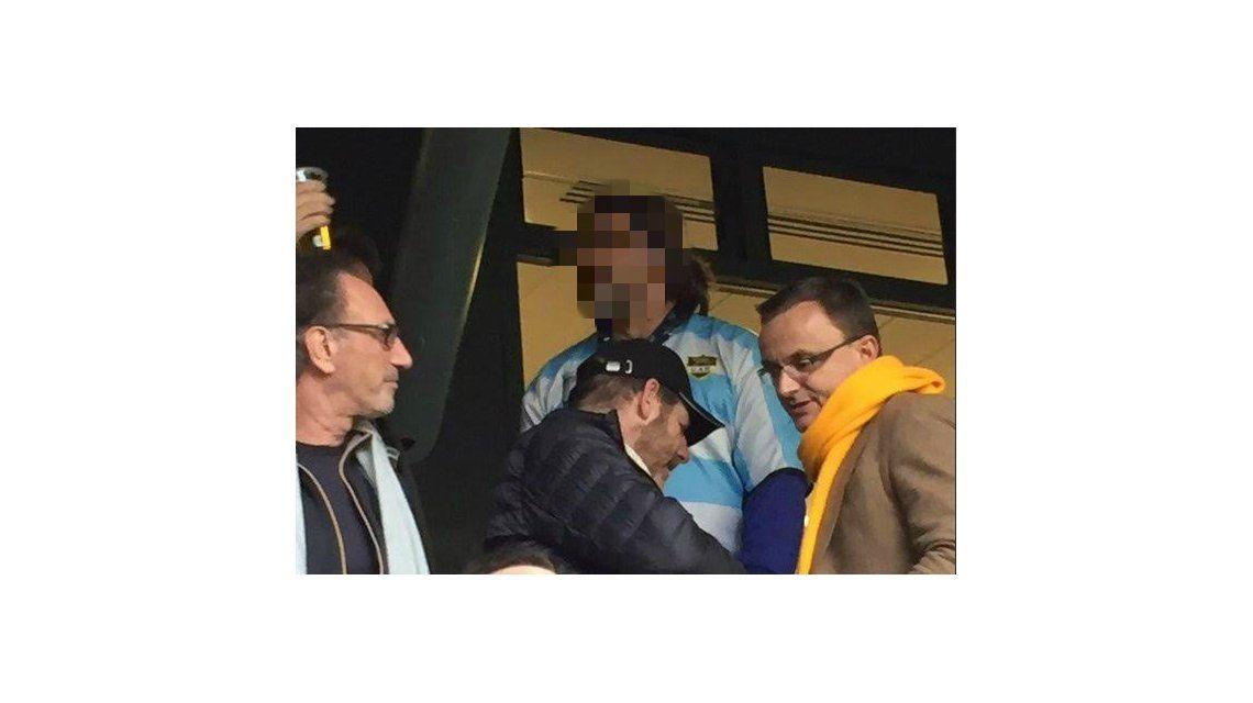 Javier Bardem alentó a Los Pumas con la camiseta de Argentina en Londres