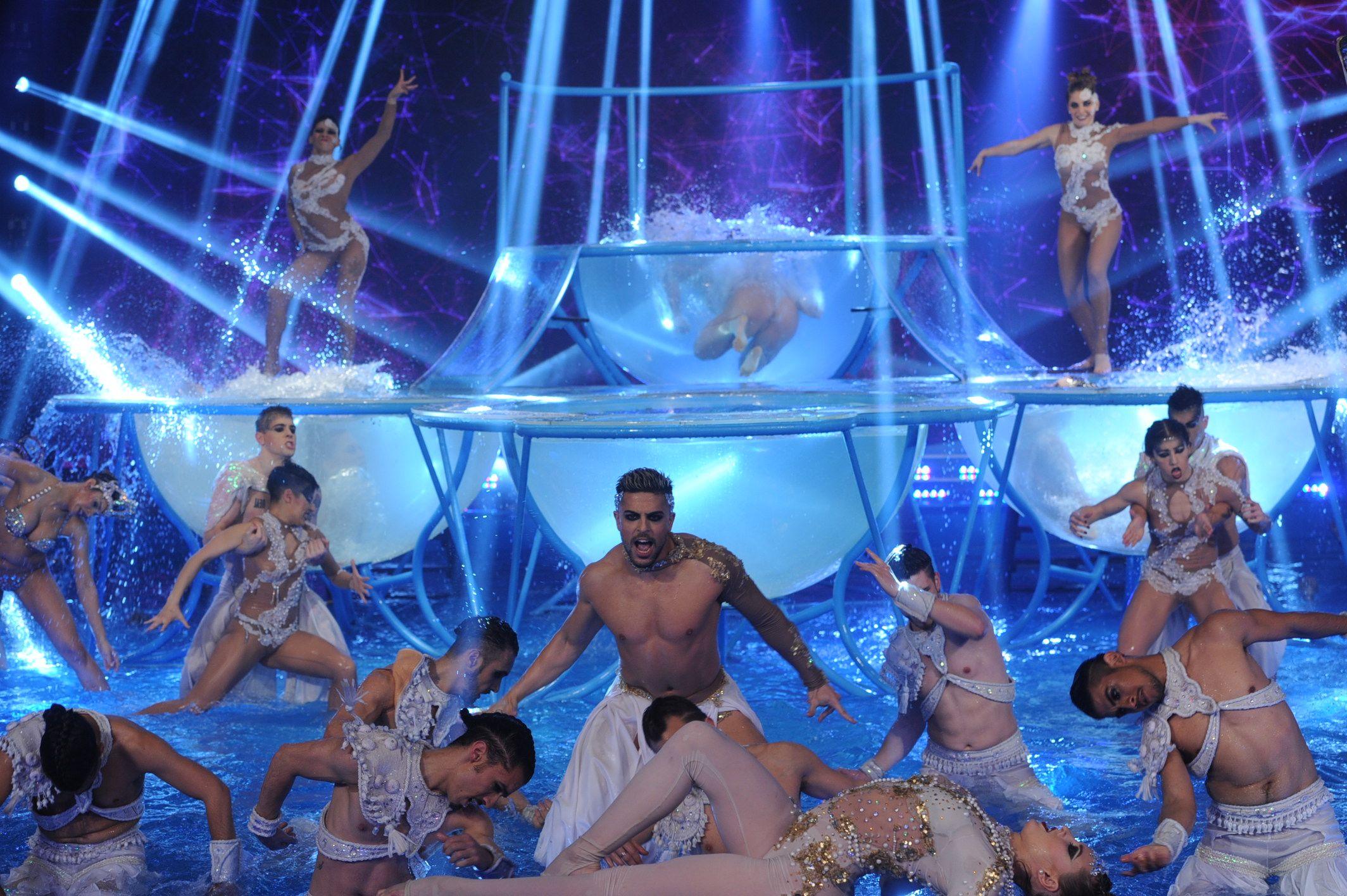 ShowMatch: ¡mirá la gran apertura del Aquadance!