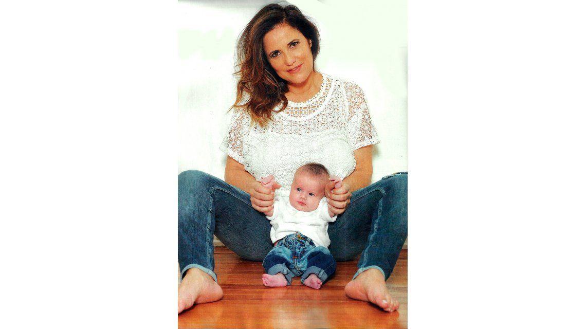 María Fernanda Callejón festeja por primera vez: Ser mamá es un título de nobleza