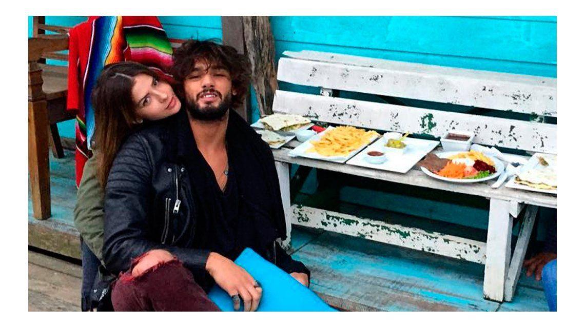 La foto romántica de China Suárez y Marlon Teixeira: Aquí la cocina está llena de amor