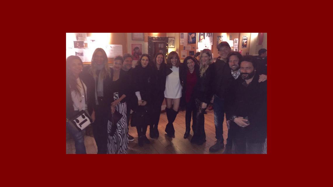 Marcelo Tinelli y Guillermina Valdes fueron al teatro para ver a su amiga Paula Kohan