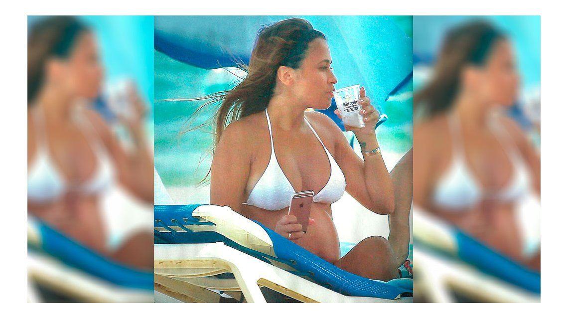 La polémica foto de Antonella Roccuzzo embarazada y ¿tomando alcohol?