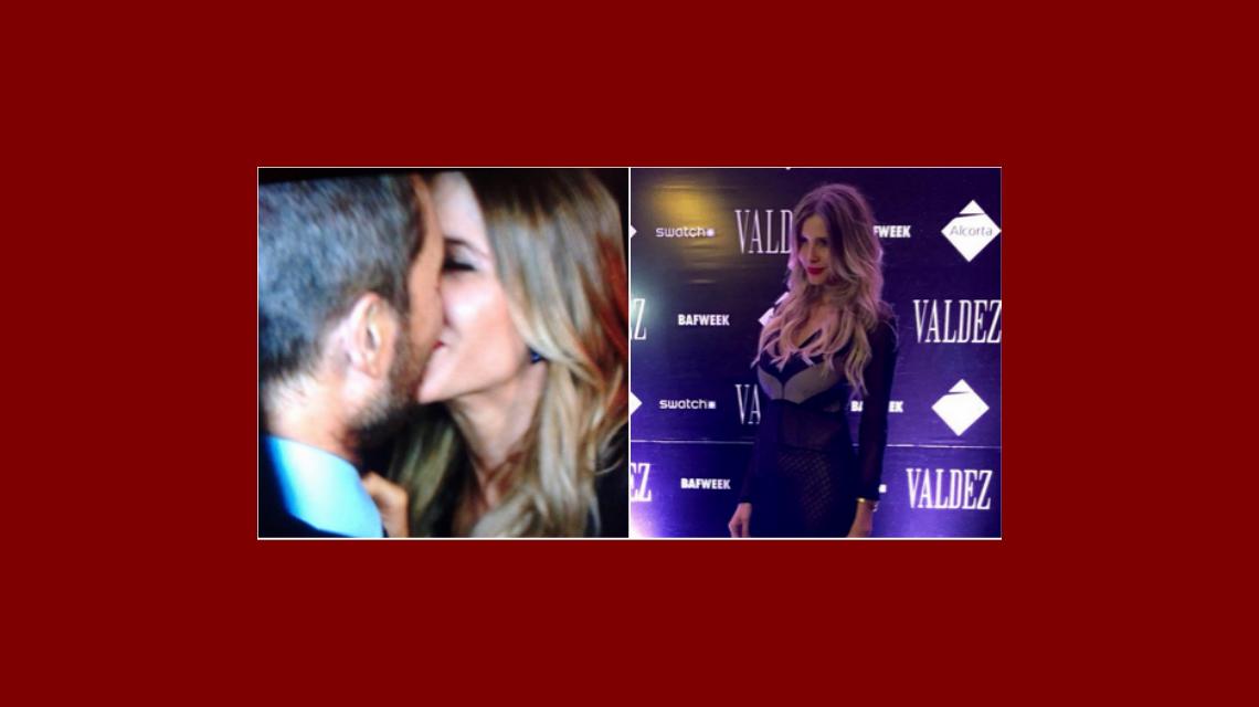 Gran beso de Marcelo Tinelli y Guille Valdes en el desfile del BAFWEEK