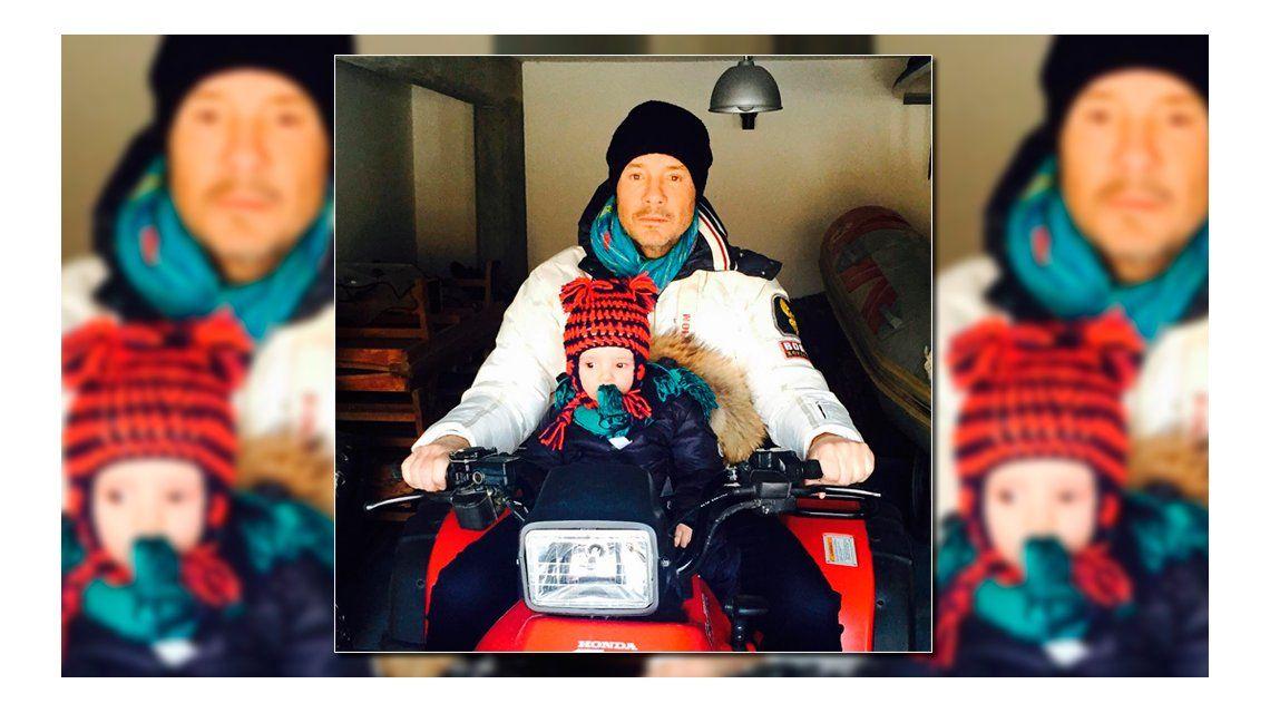 Los particulares looks invernales de Marcelo y Lolo Tinelli: Dupla motoquera