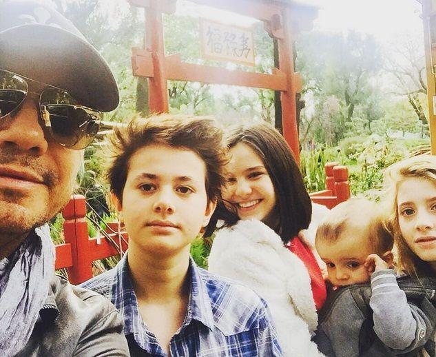 Las vacaciones de invierno de los hijos de Marcelo Tinelli y Guillermina Valdes: divertidas fotos y videos