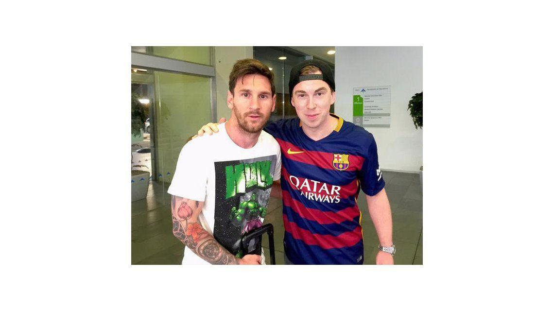 Critican el look de Lionel Messi durante su visita a Gabón: Vino sucio y sin afeitar