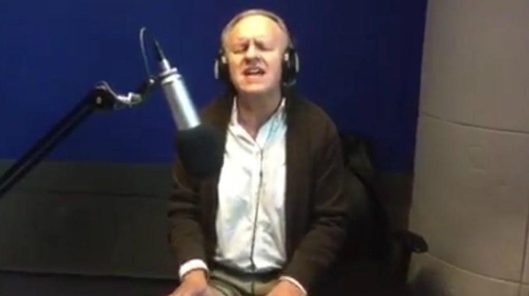 El mini recital de César Banana Pueyrredón en Radio 10