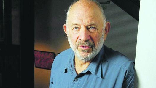 Norman Briski, al libro Guinness de los récords por ser papá de mellizas a los 77 años