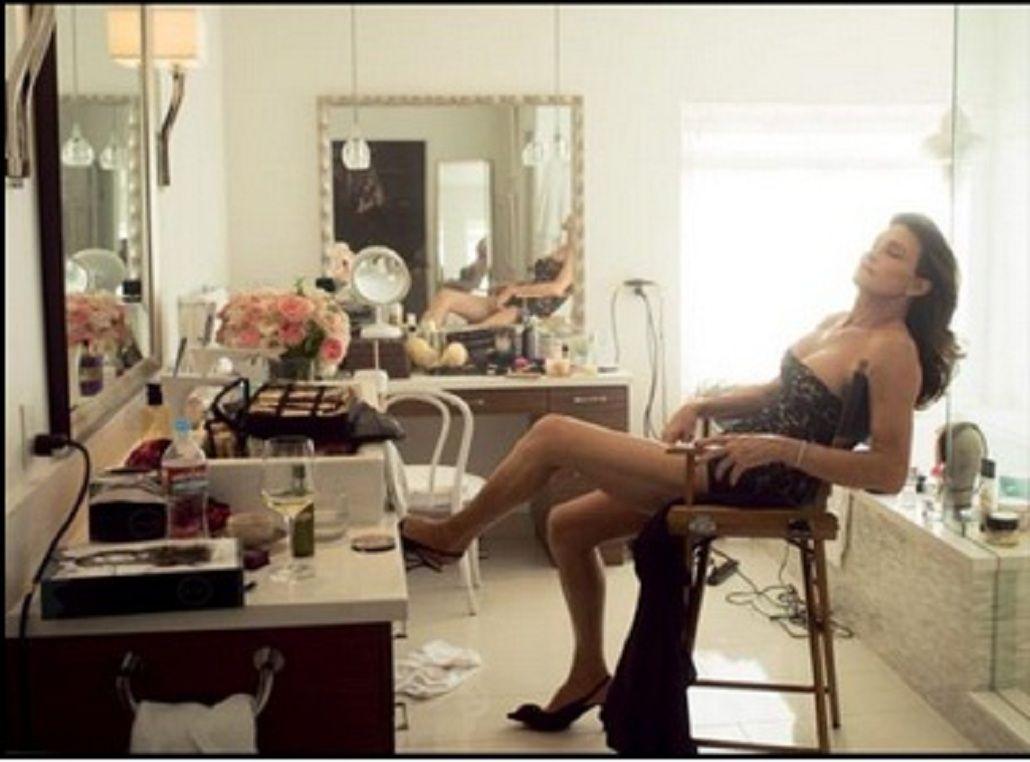 El papá de las Kardashian sorprendió con su increíble transformación en la tapa de una revista