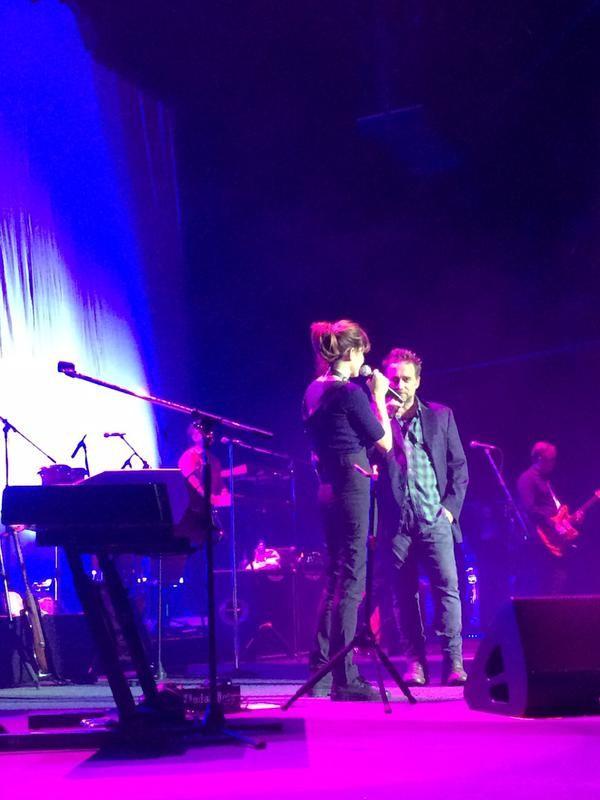 Después de los rumores de separación, Vicentico y Valeria Bertuccelli mostraron su amor en el escenario: mirá lo que hicieron