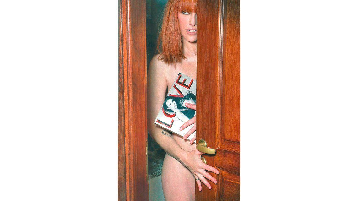Connie Ansaldi, al extremo: súper producción de fotos desnuda y en el baño