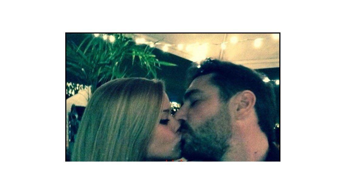 La foto que confirma la relación: Matías Alé, a los besos con su nueva conquista