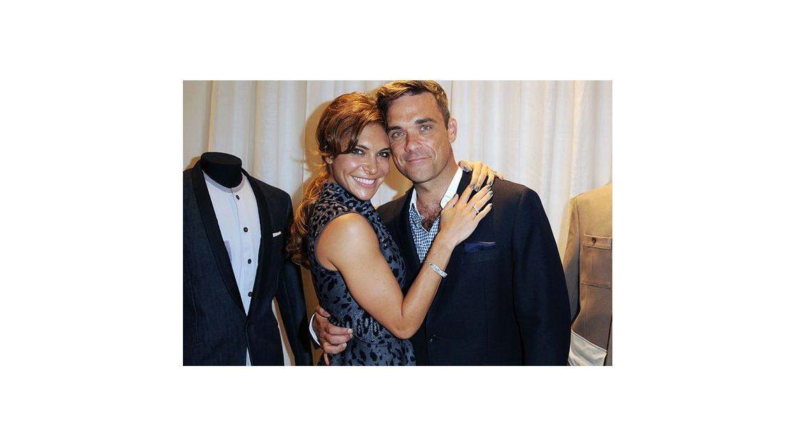 Robbie Williams y su mujer Ayda Field, acusados de abuso sexual