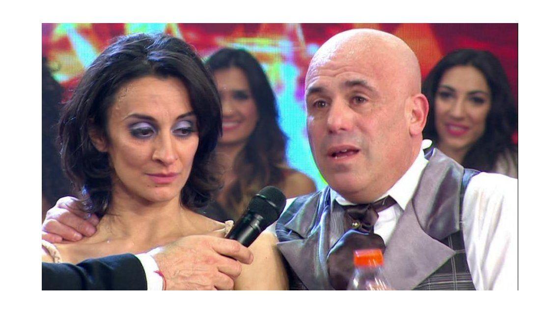 Anita Martínez se accidentó y le dieron seis puntos en la boca: suspendió el teatro