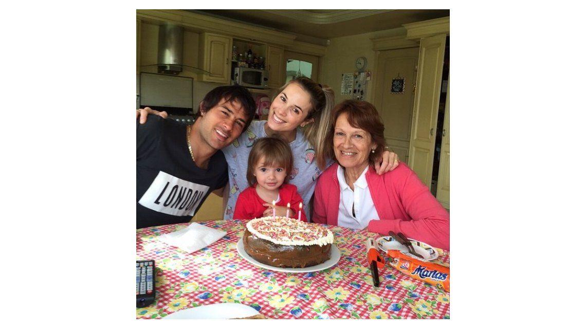 Las fotos del festejo del cumpleaños de Chechu Bonelli y el romántico mensaje de Darío Cvitanich