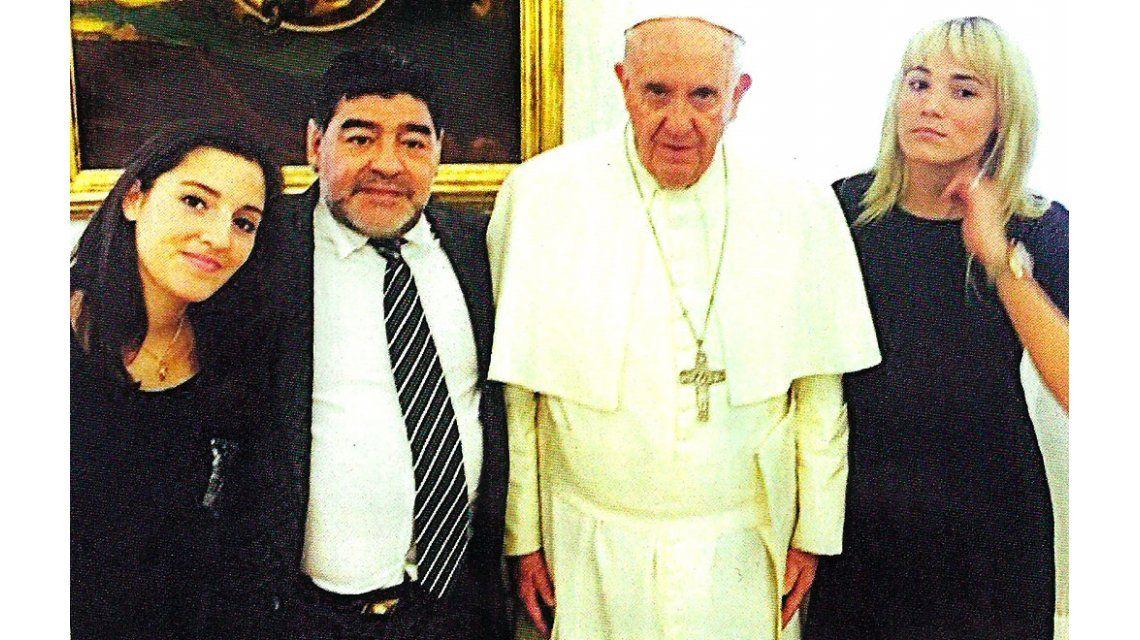 Soy fana del Papa: la foto de Diego, Jana y Rocío Oliva con el Sumo Pontífice