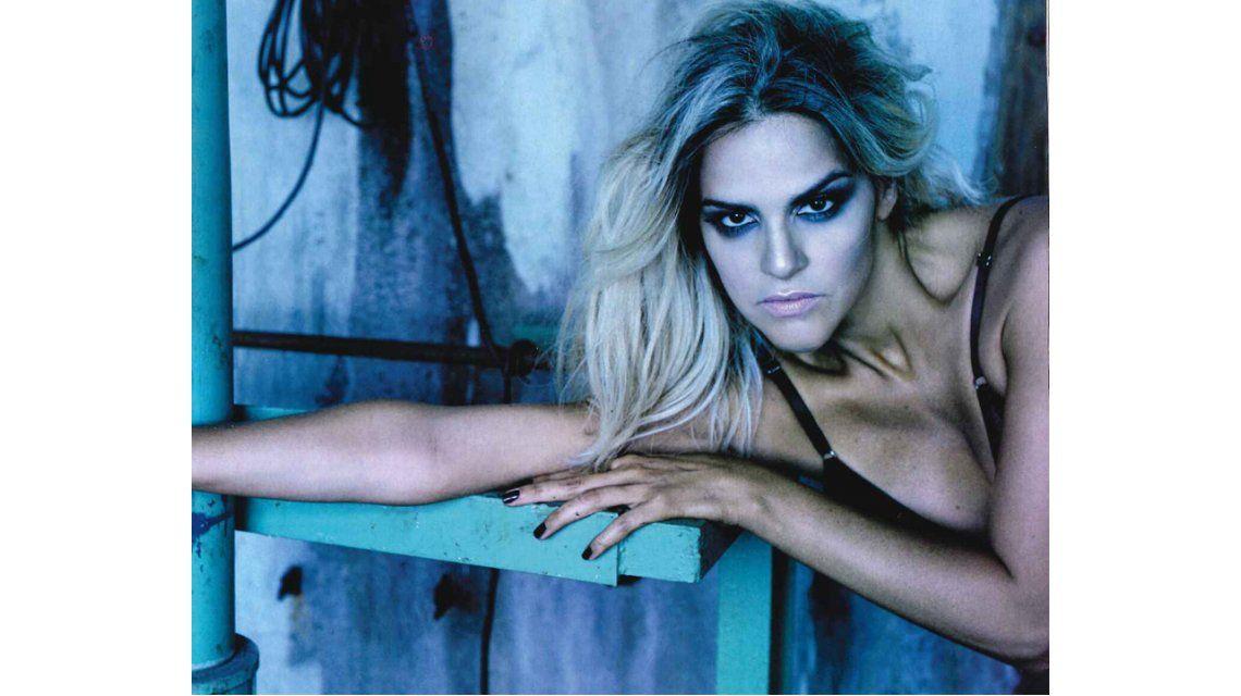 Mariela Anchipi, la mujer de Dady Brieva, desnuda en una producción