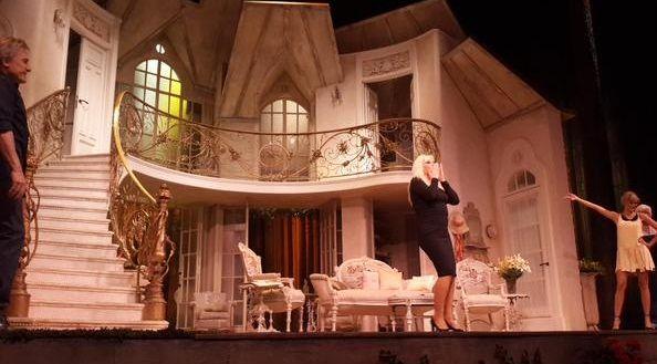 Después de 24 años, Susana Giménez volvió al teatro: su debut en Piel de Judas