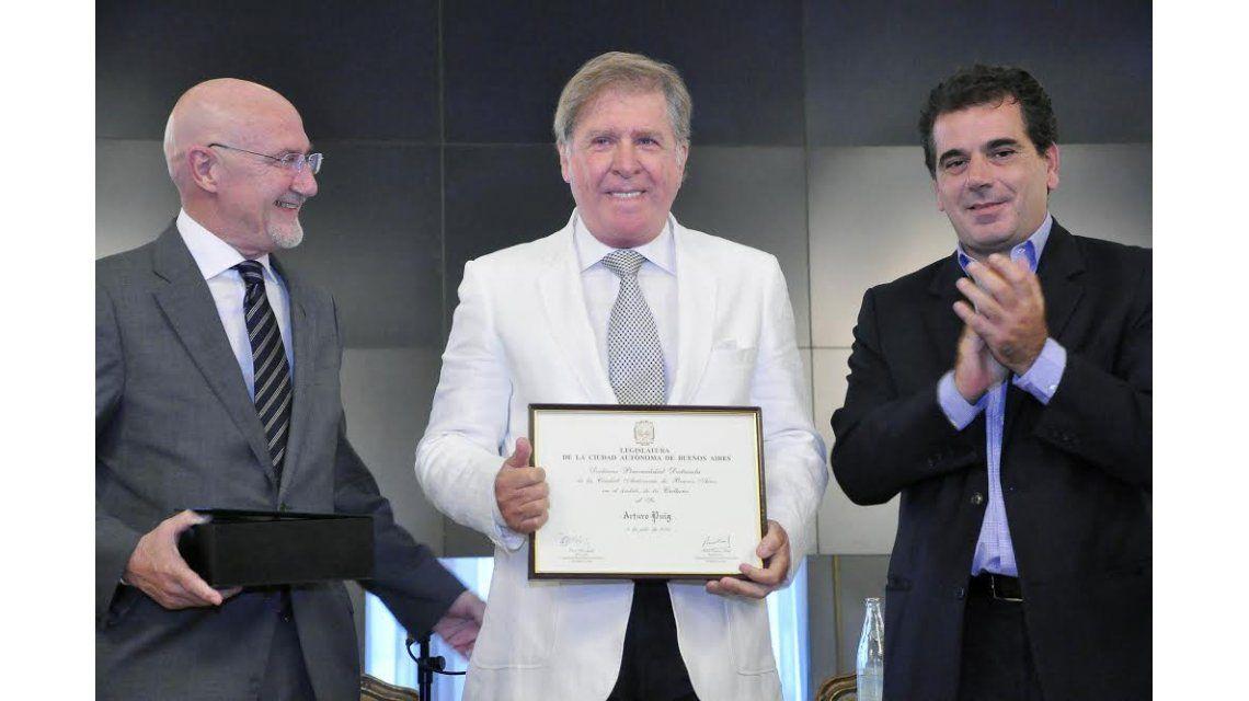 Arturo Puig fue reconocido como Personalidad Destacada de la Cultura