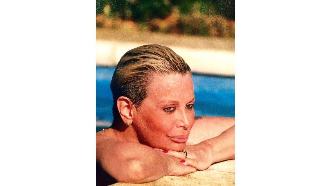 El topless menos pensado: Carmen Barbieri, desnuda en Mar del Plata