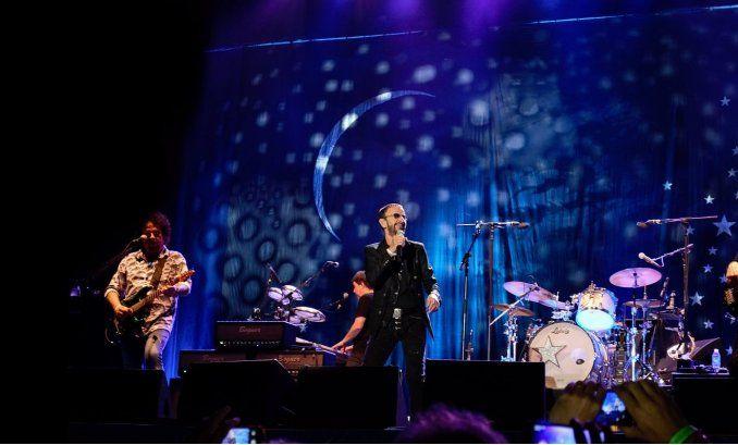 Un beatle hizo cantar a más de 80 mil personas en el Planetario