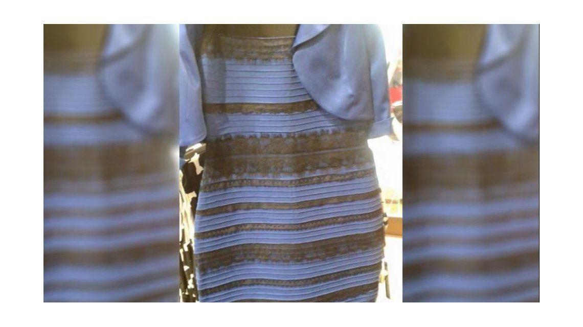 Los famosos y el Twitter del mundo enloquecieron anoche por el color de un vestido: ¿ustedes qué ven?