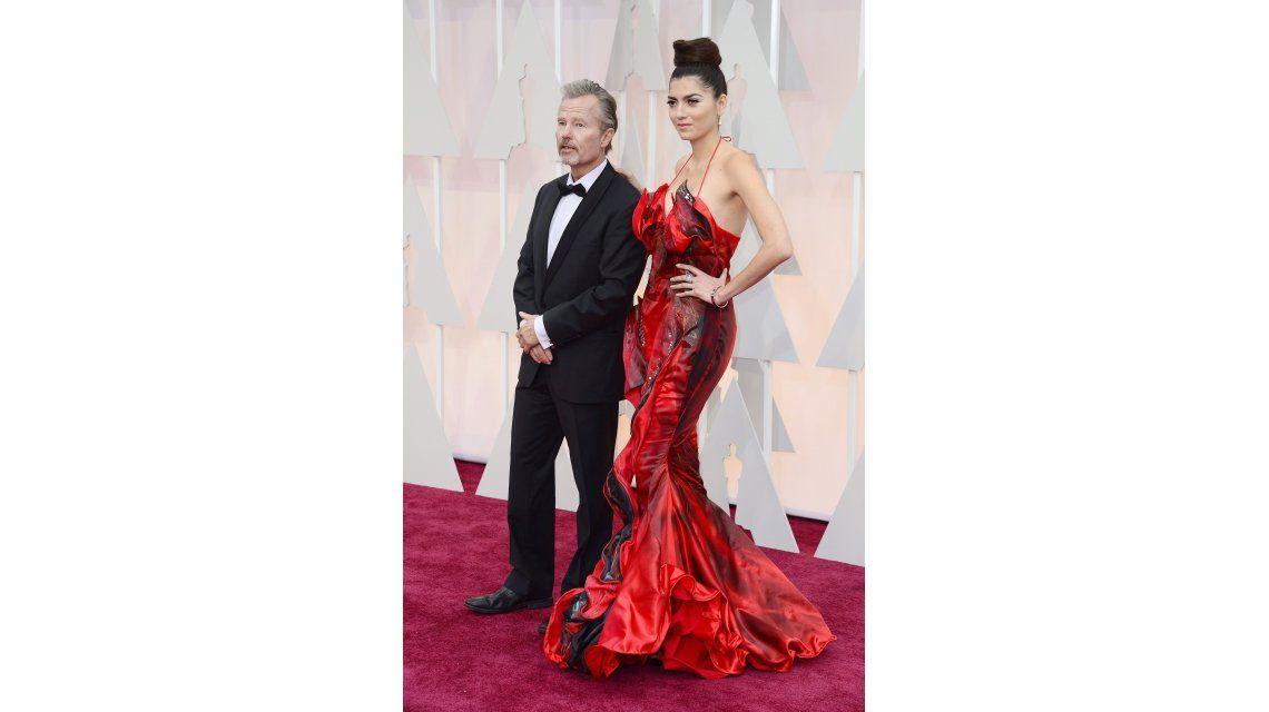El look de los famosos que desfilaron por la alfombra roja