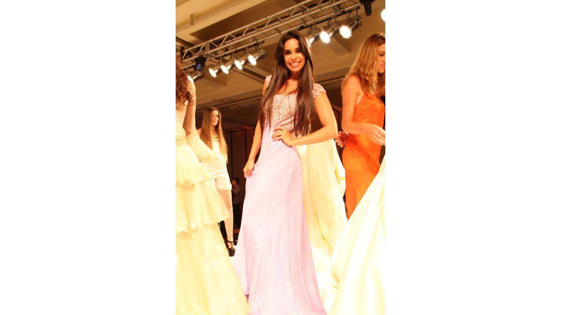 Las ex de Matias Alé peleando por un vestido de novia en un desfile