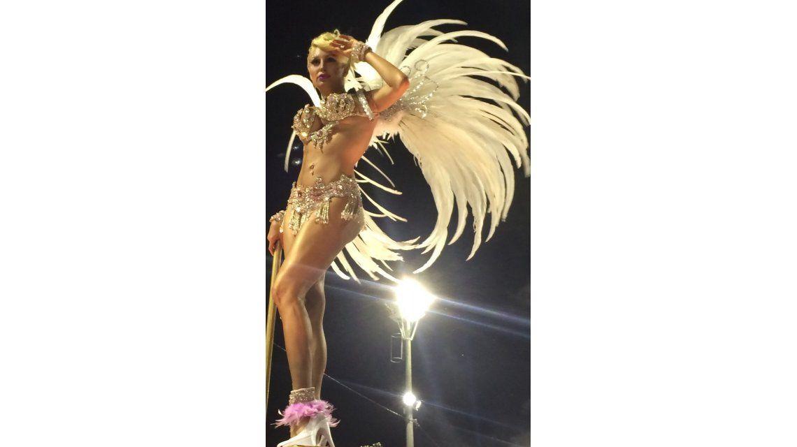 La Griega Xipolitakis se presenta en los carnavales y confiesa: En la nena tengo un zoológico