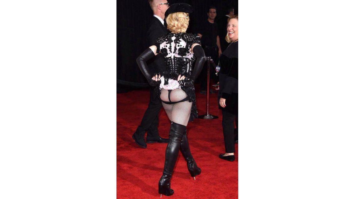 Madonna lo hizo otra vez: mirá la foto que escandalizó los premios Grammy 2015