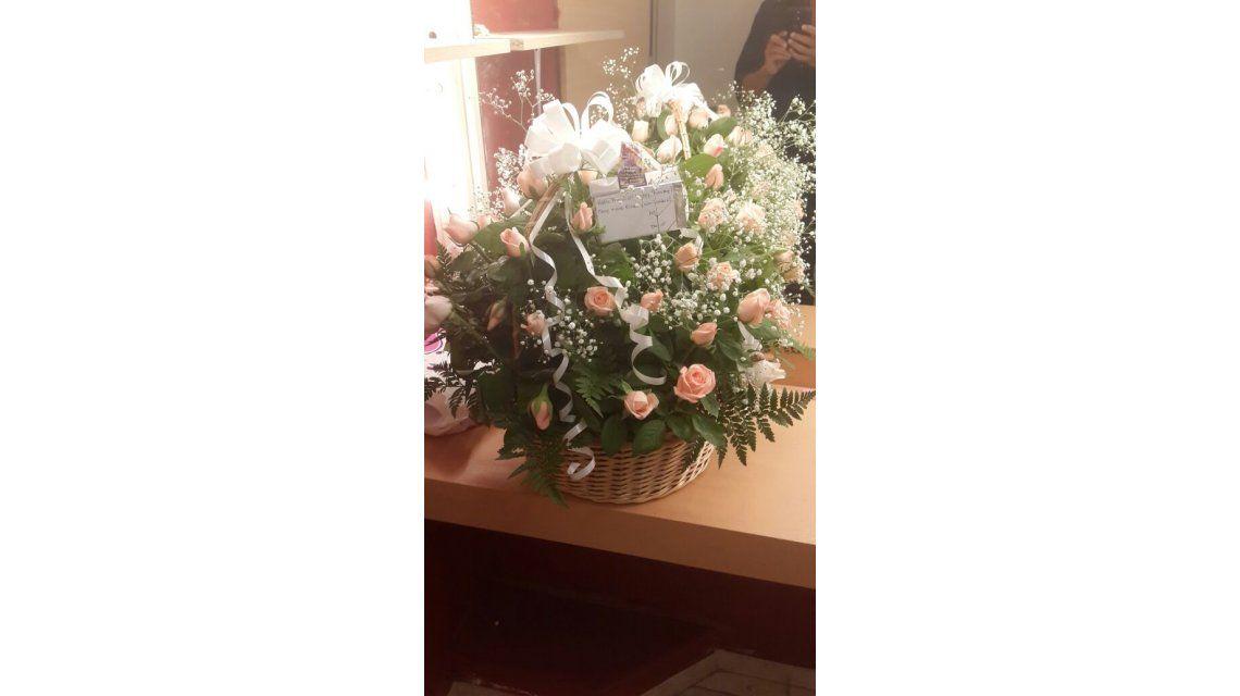 ¿Martín Redrado le envió un ramo de flores a Luciana Salazar desde Londres?