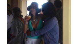 Juana Viale y el Zorrito Von Quintiero, mimosos en Punta del Este