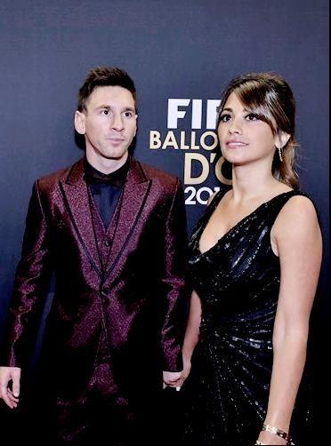 El look de Lionel Messi y Antonella Roccuzzo en la gala del Balón de Oro 2015
