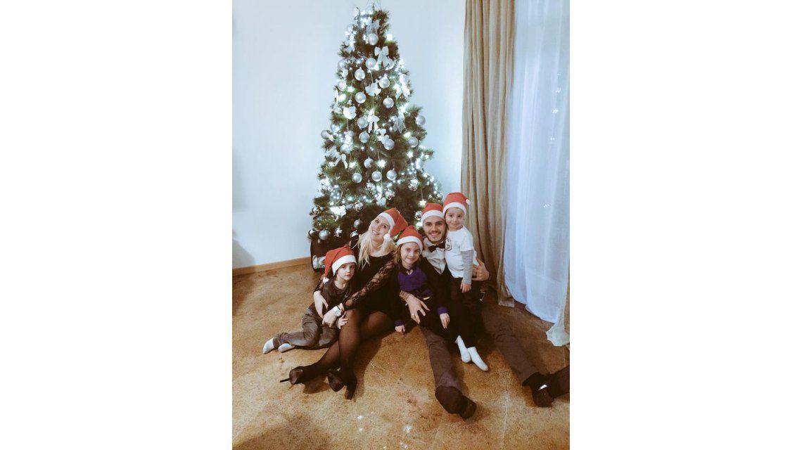 A días de la llegada de Francesca, Wanda Nara y Mauro Icardi festejaron Navidad en Milán
