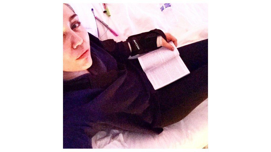 Miley Cyrus, hospitalizada tras sufrir corte en la muñeca por motivos desconocidos