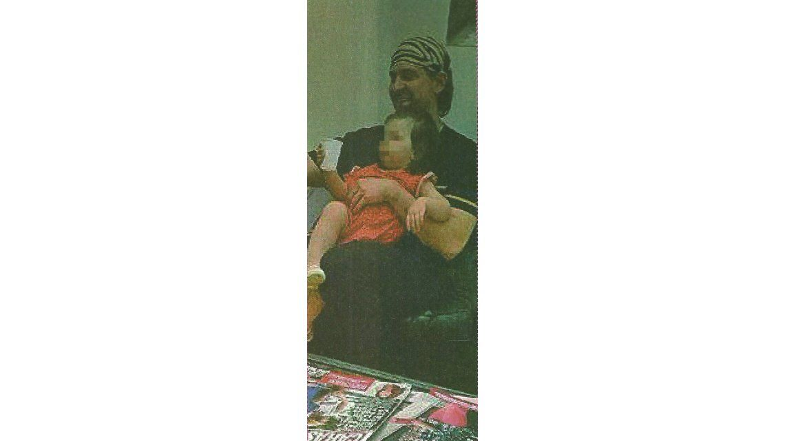 Aníbal Lotocki presentó a la hija que tuvo con su amante mientras estaba con Pamela Sosa